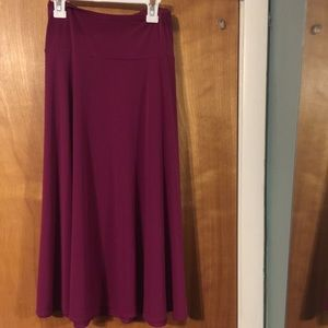 NWOT East 5th magenta full a-line skirt